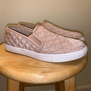 Steve Madden Ecntrcqt Slip-On Sneakers